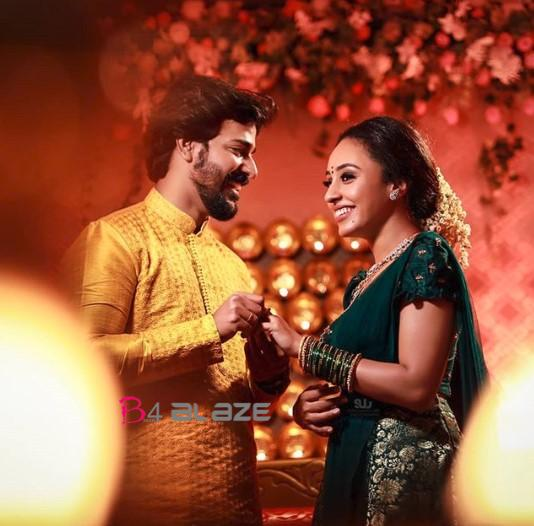 Srinish and Pearle Maany Engagement Photos (3)