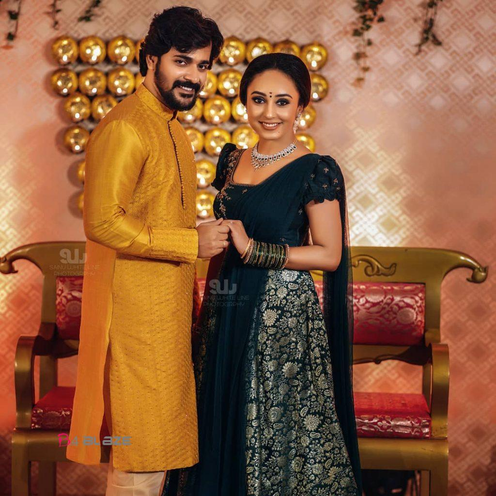 pearle maany and srinish engagement photos (1)