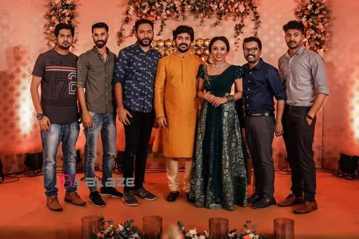 pearle maany and srinish engagement photos (3)