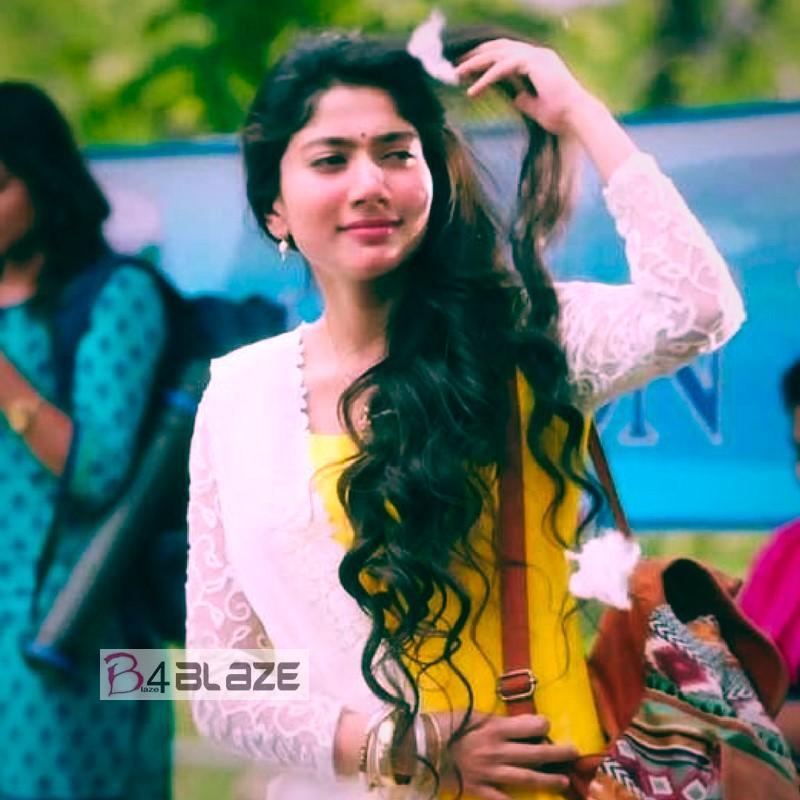 Sai Pallavi made her big screen debut alongside Bollywood actress Kangana Ranaut. She played Kangana's best friend in the movie Dhaam Dhoom.