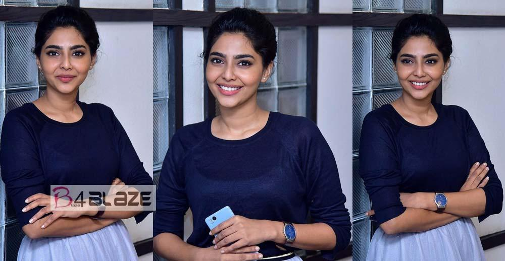 Aishwarya Lekshmi Photo Collections