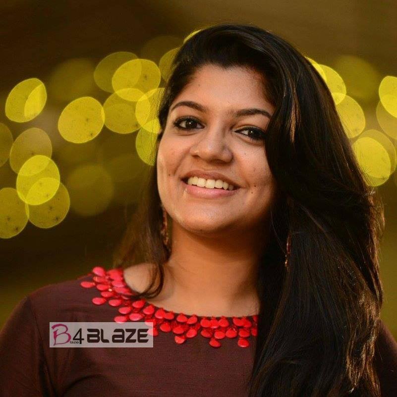 Aparna Balamurali Latest HD Photo (1)