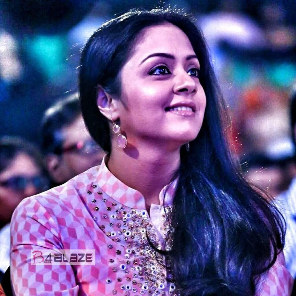 Jyothika Latest HD Images (6)