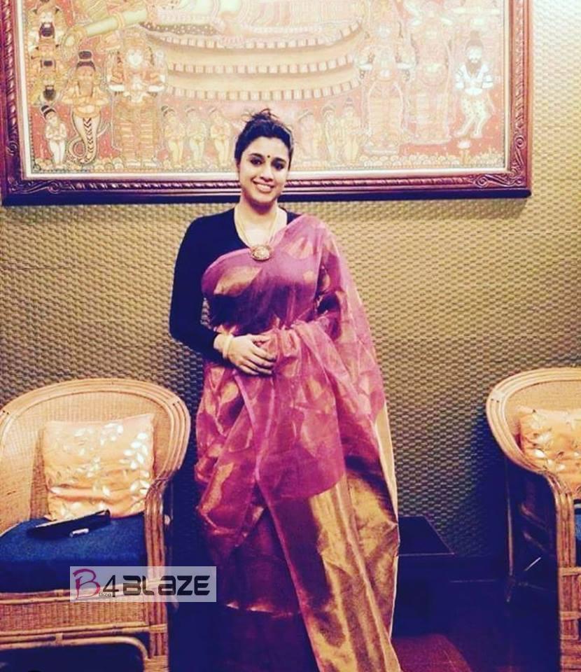 Samyuktha Varma HD Photos (2)