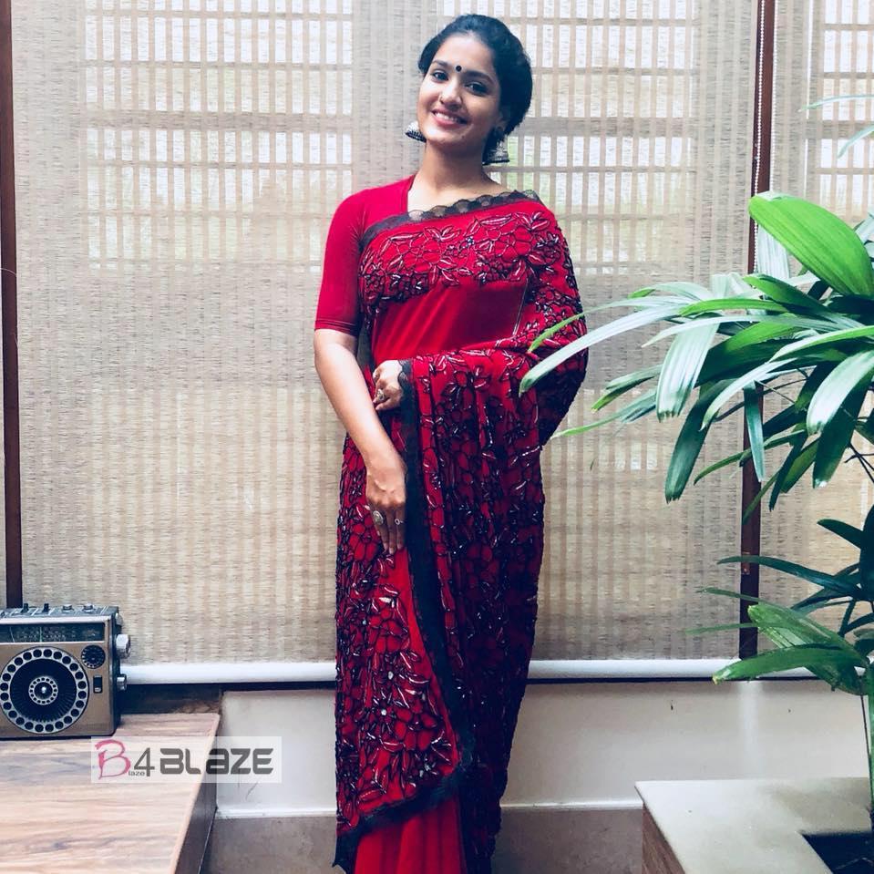 Saniya Iyappan Latest Photos (3)