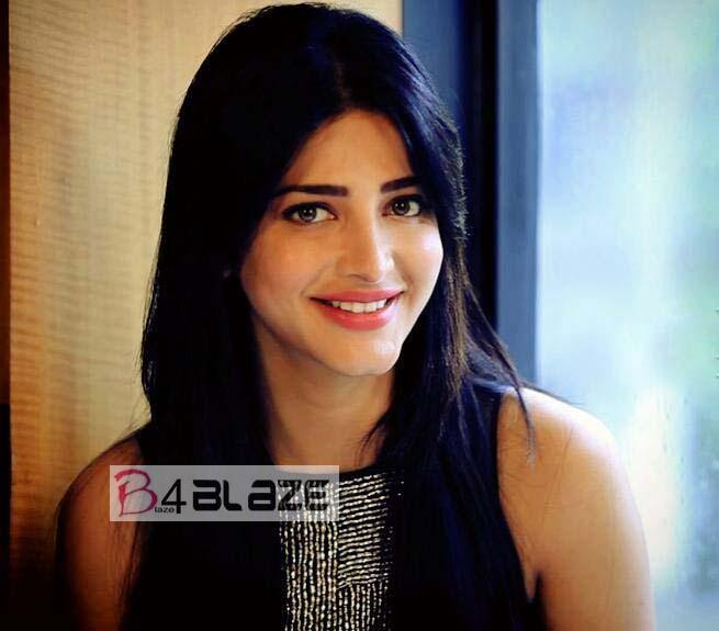 Shruti Haasan Latest Photos