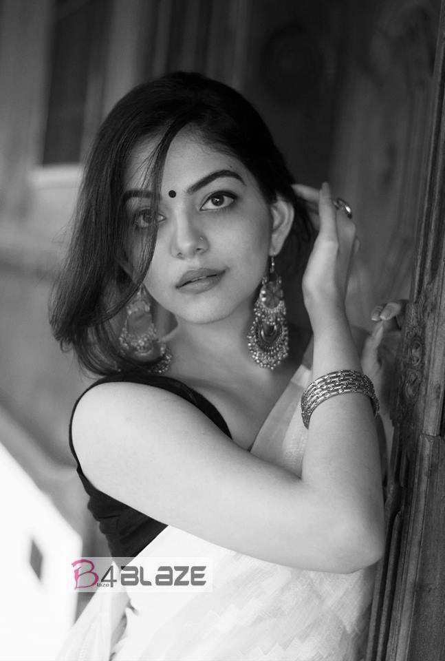 Ahaana Krishna HD Photo