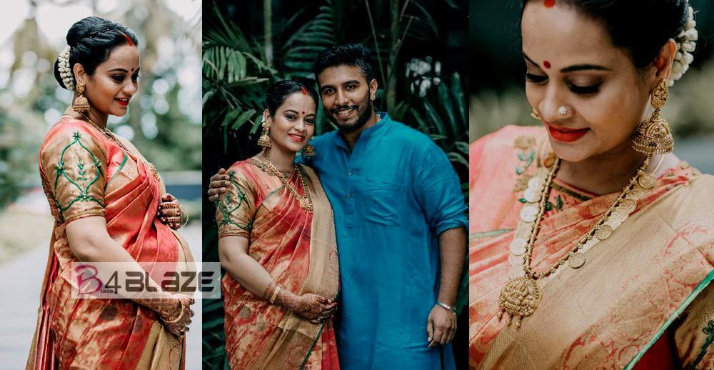 Tamil Actress Suja Varunee HD Photos