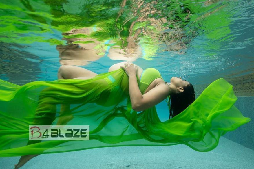 Sameera Reddy under water photography 3