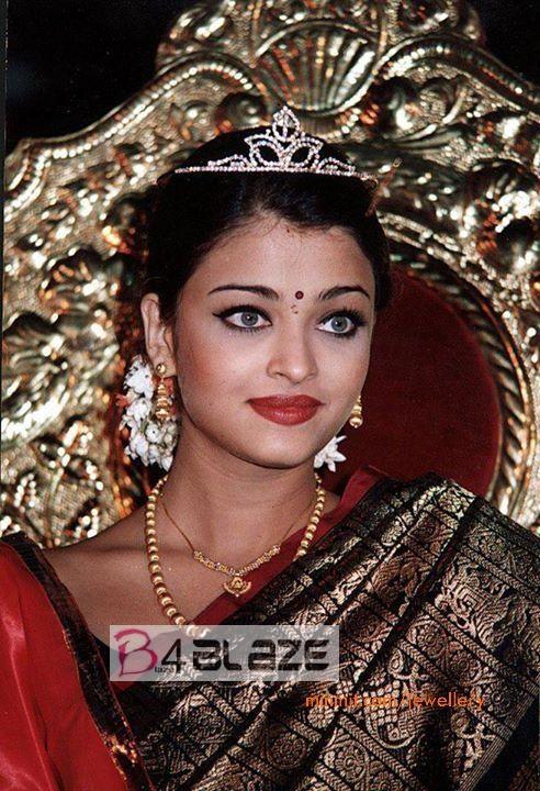 Aishwarya Rai Rare and Unseen Photo Collection (4)