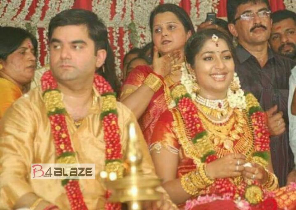 Santhosh Menon marriage photo