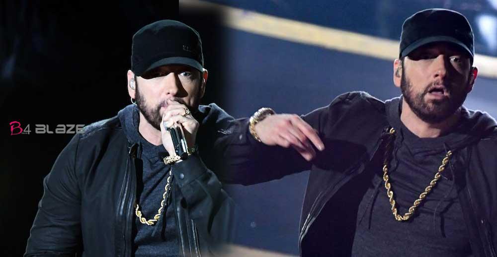Eminem-make-surprise-appear