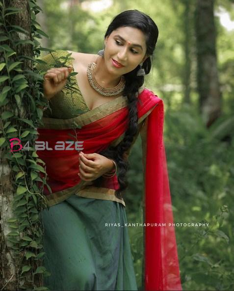 Anjali Ameer's glamorous photoshoot 2