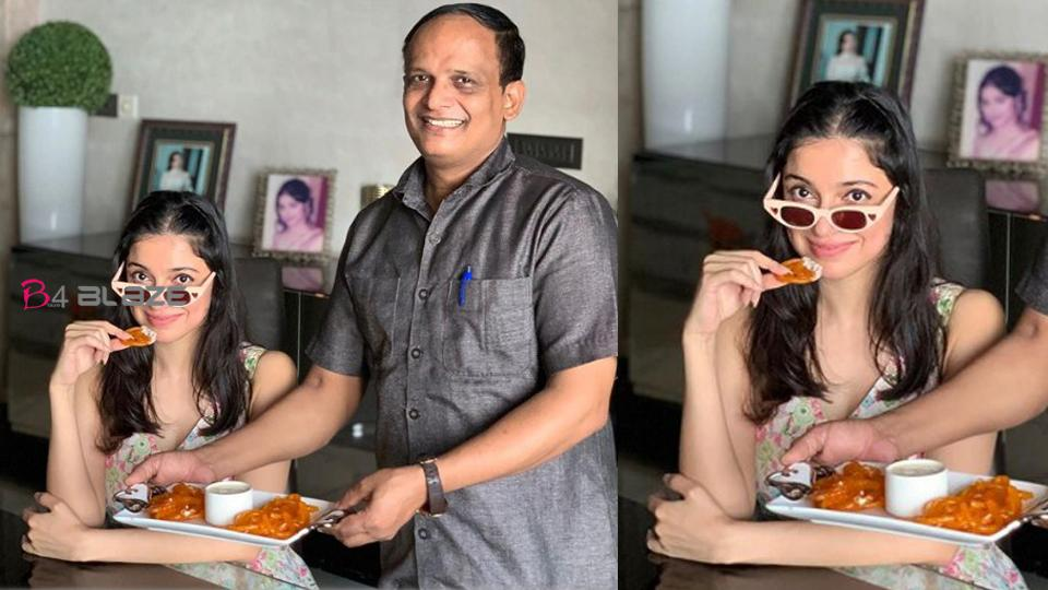 Divya Khosla, wife of Bhushan Kumar, shared a photo with Cook and advised Hetters, photo being viral