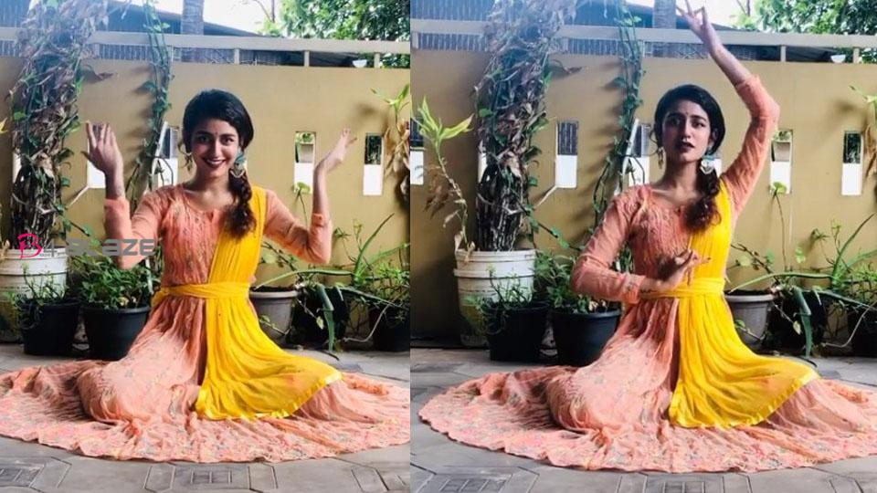 Priya Prakash did such a great dance on Aishwarya Rai's song, Video goes viral