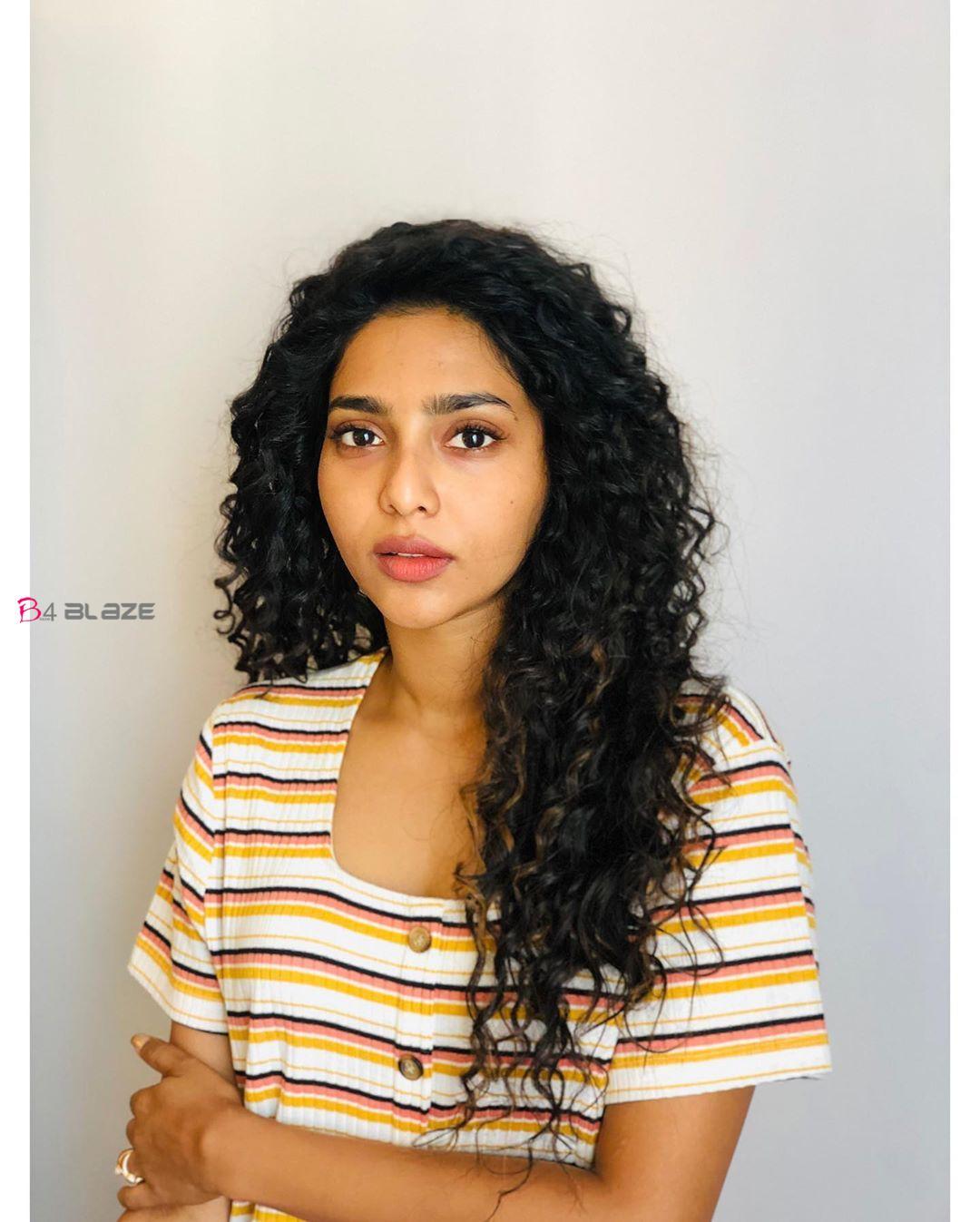 Aishwarya Lekshmi Latest Photo 1