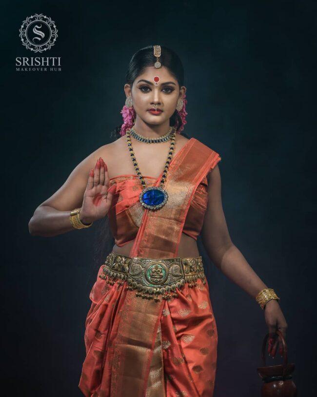 Vinduja Vikraman Navratri special photoshoot 4