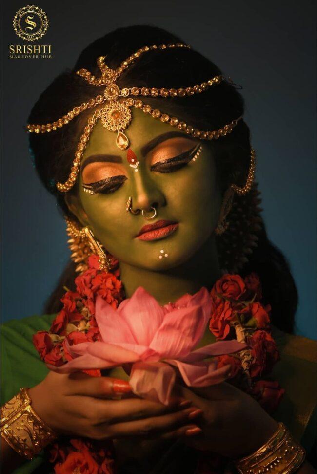 Vinduja Vikraman Navratri special photoshoot 5