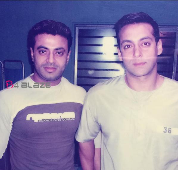 riyas khan with salmaan khan